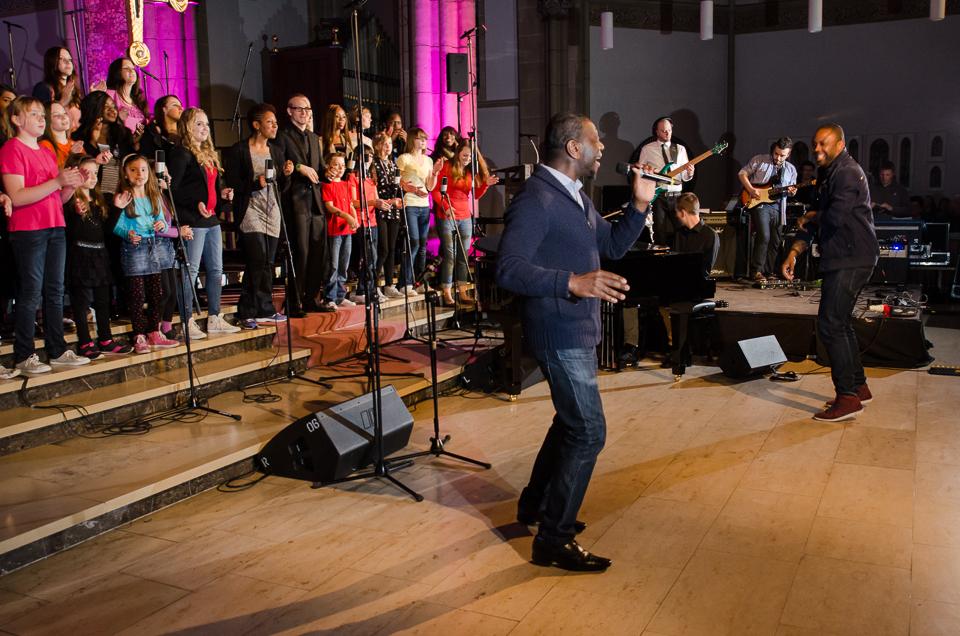 Auftritt der Gospelteens in der Gospelnacht