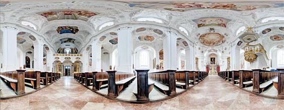 Panorama der ehemaligen Klosterkirche in Tegernsee von Tom Scheiker